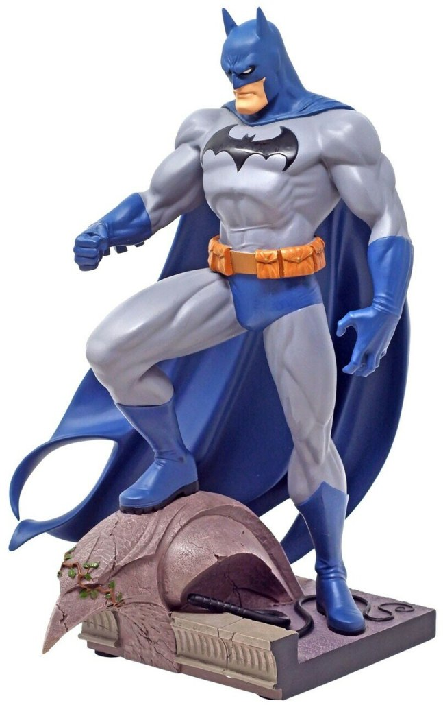 Jim Lee Batman Statue